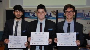 Sudnews tre giovani studenti gallipolini premiati a new for Alloggi per studenti new york